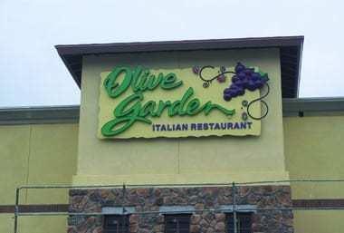 Olive-Garden-sign