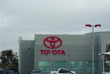 Toyota-logo_wall-sign