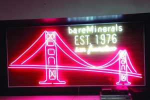 Neon sign_golden gate bridge